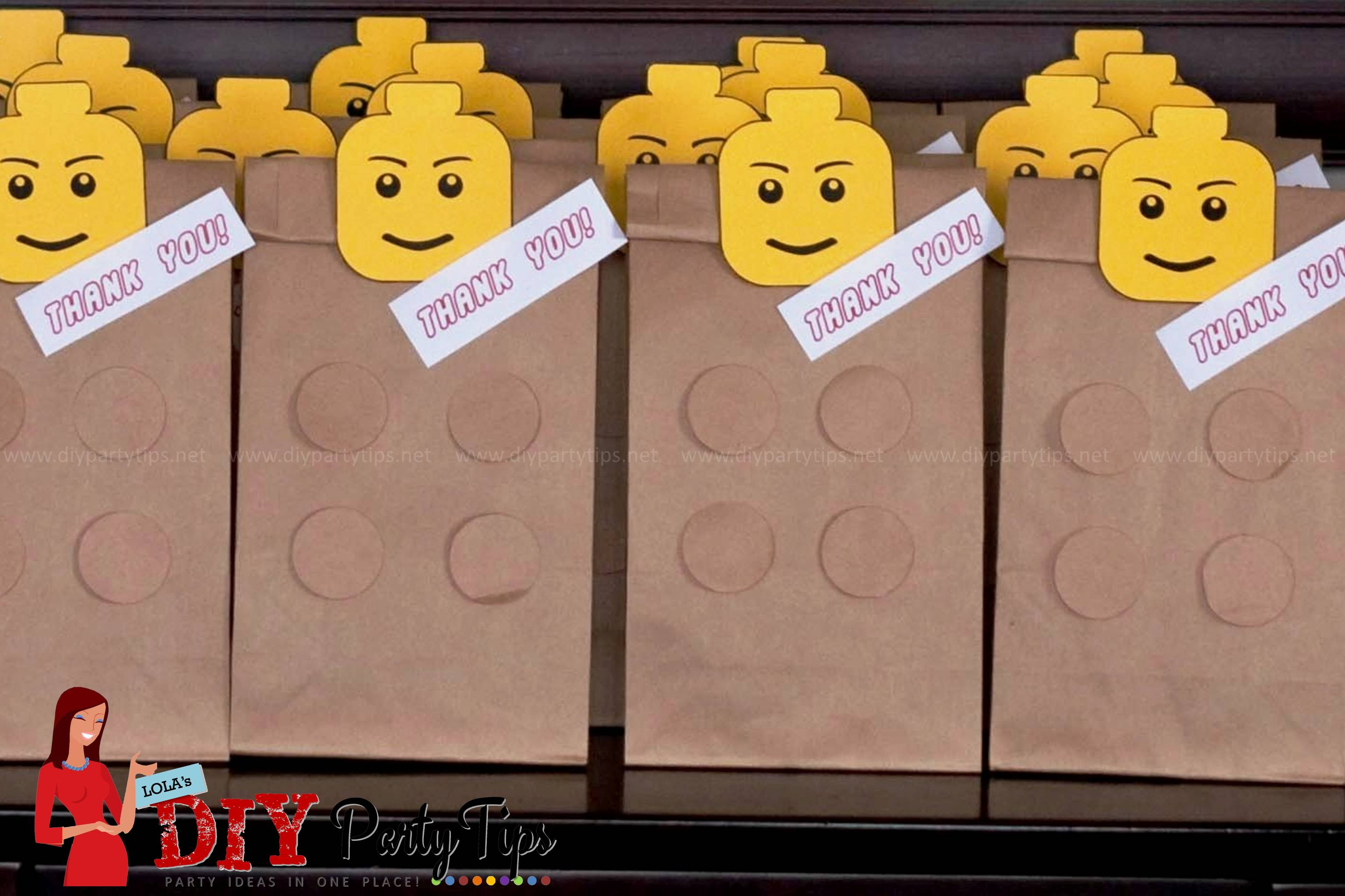 FREE PRINTABLE: Lego Party Lootbags – Lola\'s DIY Party Tips