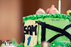 Featured DIY Party Tips - Farm Cake