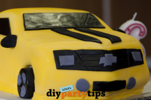 Featured DIY Party Tips - Bumblebee Cake