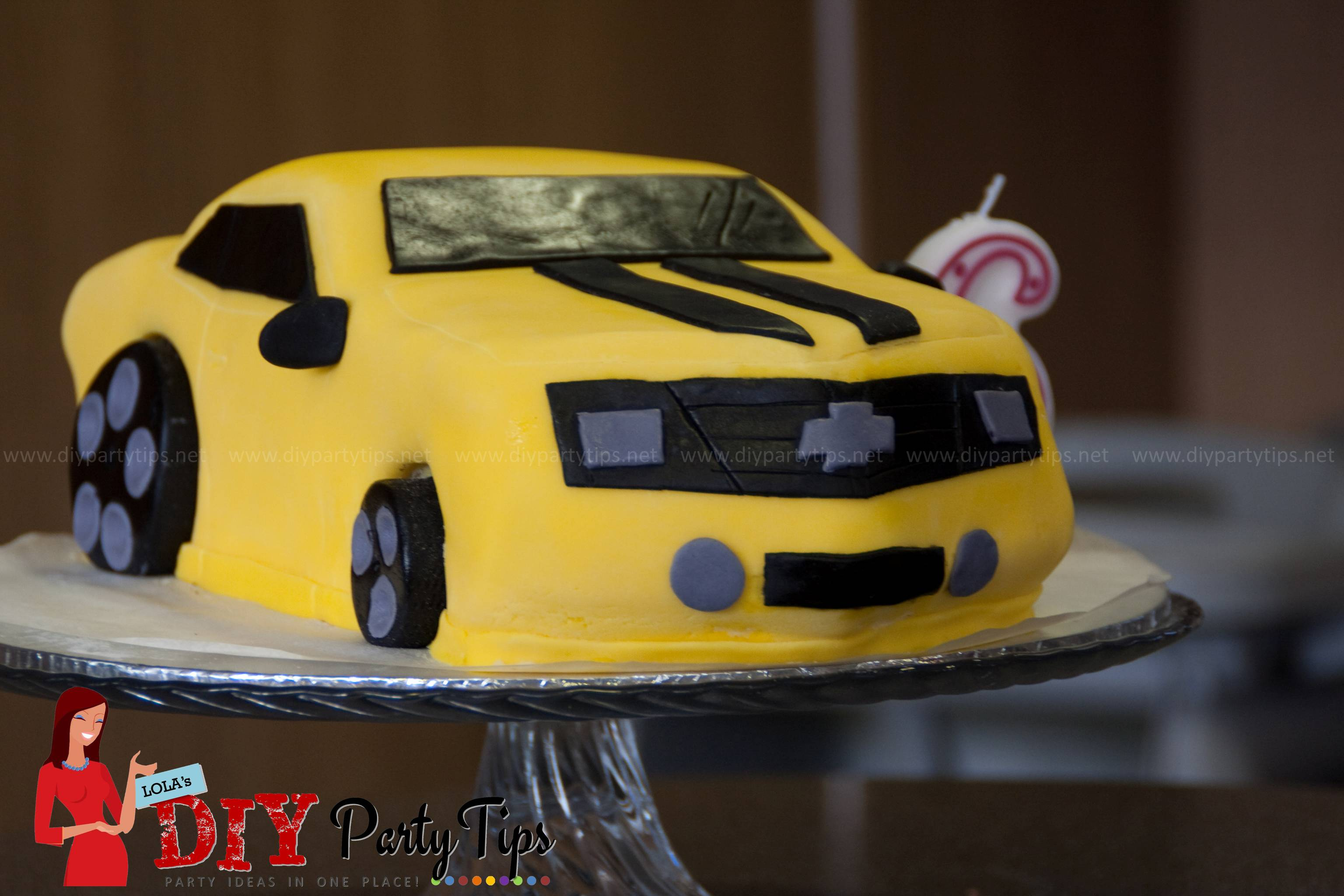 Transformers Bumblebee Cake – Lola\'s DIY Party Tips