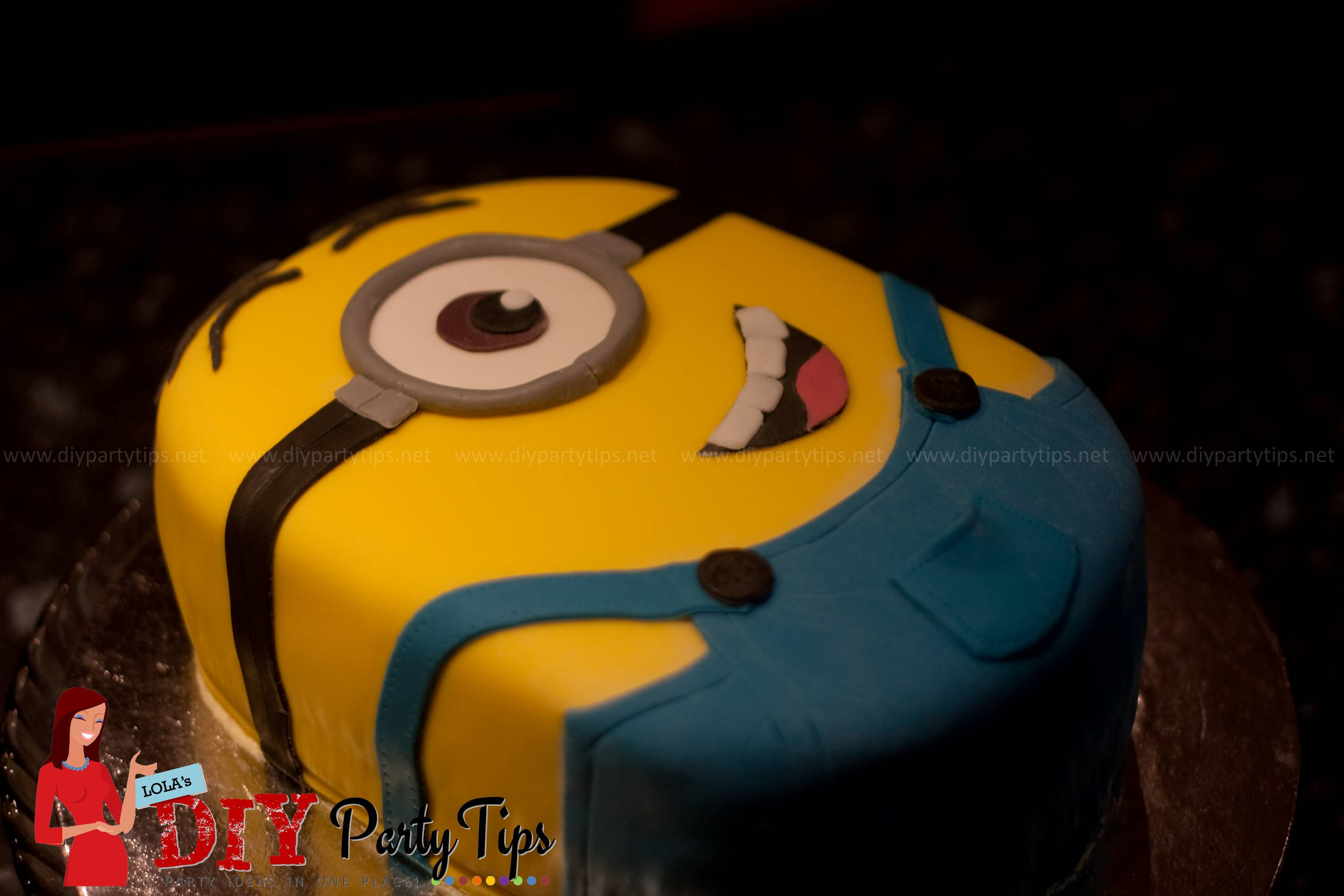 Despicable Me Minion Cake Lolas DIY Party Tips