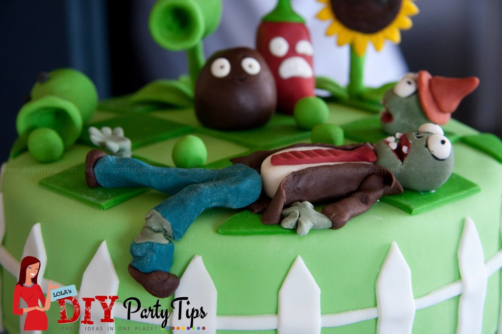 Plants Vs. Zombie Cake – Lola\'s DIY Party Tips